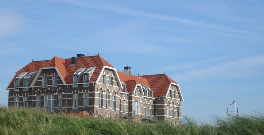Egmond-aan-Zee-Koloniehuis-14-appartementen
